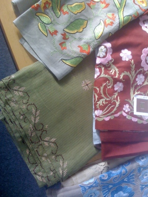 embroidered_scarves2